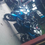 Photo taken at AMI AWAD cuci speda motor by agus k. on 8/5/2013
