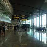 Photo taken at Terminal 2 Aeroport de València (VLC) by Pep Zasentodalaboca M. on 2/6/2013