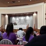 Photo taken at Chaophya Park Hotel (โรงแรมเจ้าพระยาปาร์ค) by Banjovy B. on 5/11/2015