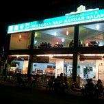 Photo taken at Restoran Nasi Kandar Salam by Ng S. on 10/5/2012