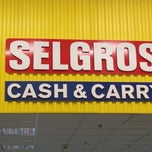 Photo taken at Selgros Cash&Carry by Dina M. on 5/23/2013