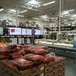 Photo taken at BJ's Wholesale Club by Evgeny D. on 5/3/2013