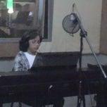 Photo taken at Gilmore Music by Ruben 0. on 1/4/2013