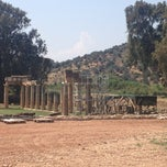 Photo taken at Ναός Βραυρώνιας Αρτέμιδας (Temple of Artemis) by PoshFashionNews.com on 7/31/2013
