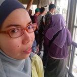 Photo taken at Halte TransJakarta Senayan JCC by Ipenk A. on 9/7/2014