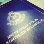 Photo taken at Ibu Pejabat Polis Kontinjen Selangor by Pu3 M. on 12/26/2012