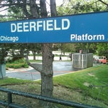 Photo taken at Metra - Deerfield by Anie D. on 5/27/2013