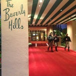 Photo taken at Beverly Hills Hotel by Khairul J. on 1/12/2013