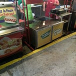 Photo taken at Hot Dogs Mi Líder by Daniel M. on 5/9/2013