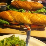 Photo taken at Che Baguette by elchesco on 9/28/2012