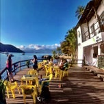 Photo taken at Che Lagarto Hostel Ilha Grande by jean r. on 9/30/2012