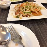 Photo taken at ยำแซ่บ (Yum Saap) by Walanphorn U. on 10/15/2014