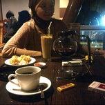 Photo taken at Royal Café & Resto by Adv. Danies on 3/23/2013