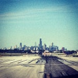 Photo taken at Chicago Midway International Airport (MDW) by Robert E. on 5/25/2013