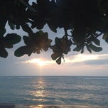 Photo taken at Haad Tian Beach Resort by Natasha R. on 12/25/2014