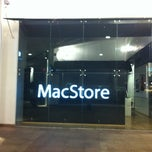 Photo taken at MacStore by Gabo C. on 8/25/2013