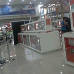 Photo taken at Cellular World by Dedy Y. on 2/17/2013