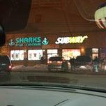 Shark 39 s fish and chicken gresham chicago il for Sharks fish chicken chicago il
