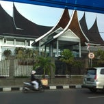 Photo taken at Bank indonesia by Harry Y. on 3/13/2013
