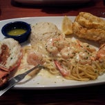 Photo taken at Red Lobster by Camille 'Belle' M. on 2/19/2013