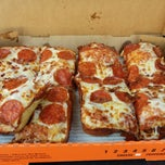 Photo taken at Little Caesars Pizza by Oscar R. on 4/6/2015
