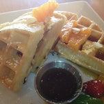 Photo taken at ZenCha Tea Salon by Rick B. on 11/3/2012