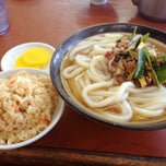 Photo taken at 牧のうどん 早良店 by sgt_frog_keroro on 9/21/2013