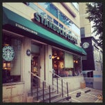 Photo taken at Starbucks by zzun on 5/25/2013