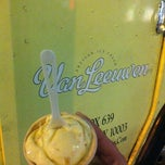 Photo taken at Van Leeuwen Ice Cream Truck by Farhan S. on 9/20/2012