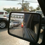 Photo taken at ถนนแจ้งวัฒนะ (Chaeng Watthana Road) by Palongpol B. on 12/24/2010