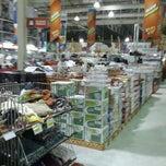 Photo taken at Lotte Mart Wholesale by fey b. on 8/19/2012