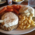 Photo taken at Cracker Barrel Old Country Store by Sara A. on 4/12/2013