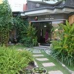 Photo taken at Nanisa Beauty & Dental Clinic by Putri P. on 10/14/2013