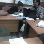Photo taken at Badan Pusat Statistik Provinsi Bali by tantra r. on 1/15/2014