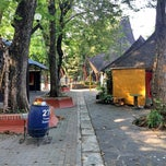 Photo taken at Pasar Seni Ancol by Hendy Hendrawan M. on 9/20/2014