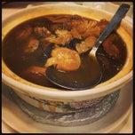 Photo taken at PUTIEN Restaurant 莆田菜馆 by Janelle L. on 2/20/2015