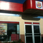 Photo taken at Burger King by El G. on 9/23/2012