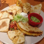 Photo taken at Chili's Grill & Bar by Andrea L. on 11/9/2013