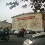 Photo taken at Kompleks Belia & Sukan Paroi by Muhammad Zamani S. on 5/4/2013
