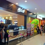 Photo taken at McDonald's & McCafé by Yen on 9/29/2012