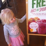 Photo taken at Jamba Juice by Paul R. on 12/6/2014