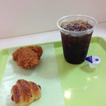 Photo taken at Le repas 久我山店 by HAKU on 9/5/2013