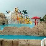 Photo taken at Sunset Beach Resort || منتجع شاطئ الغروب by Fahda M. on 5/1/2013