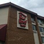 Photo taken at Red Roof Inn by Andrew V. on 5/11/2013