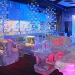 Photo taken at Chillout - Ice Lounge by Mayyar J. on 10/17/2014