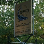 Photo taken at Berret's Seafood Restaurant and Taphouse Grill by Sean W. on 6/12/2013