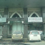 Photo taken at Bank Islam by Maslah S. on 8/18/2014