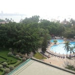 Photo taken at The Montien Hotel Pattaya by Ronamedo N. on 4/15/2014