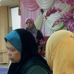 Photo taken at Al Iman Mosque by Halizah H. on 11/25/2012
