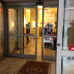 Photo taken at Sheraton Brooklyn New York Hotel by Dj P. on 2/19/2013